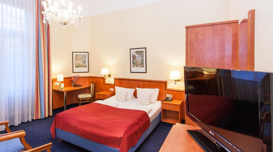 Centro Hotel National Frankfurt City-1 of 25 photos