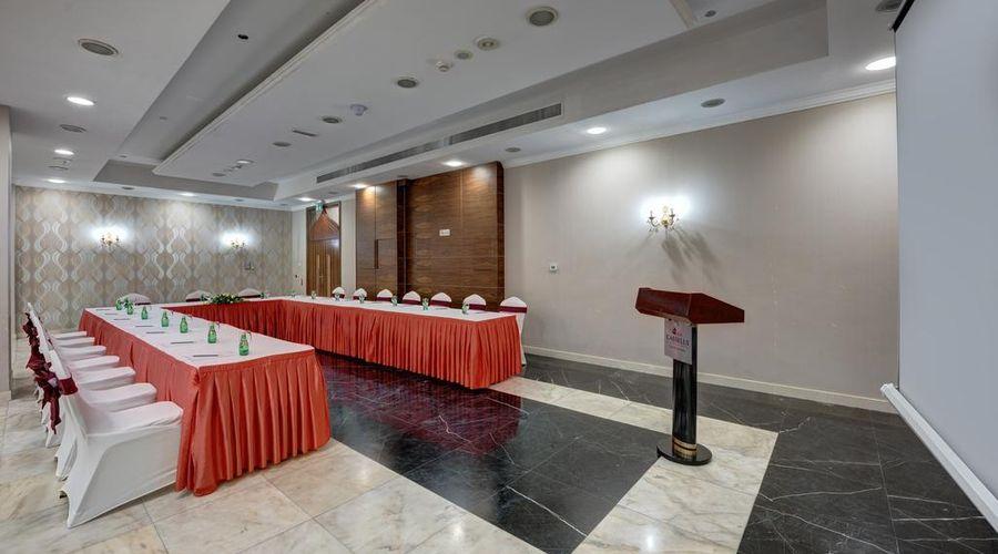 فندق كاسيلز البرشاء باي آي جي إتش-28 من 38 الصور