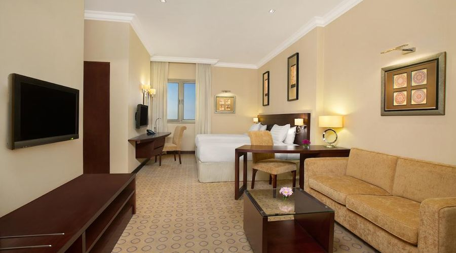 DoubleTree by Hilton Hotel Dhahran-11 of 25 photos