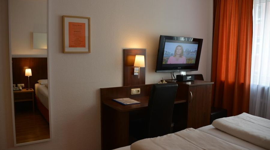 Hotel Italia-13 of 30 photos