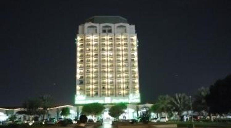 Holiday International Sharjah-34 of 41 photos