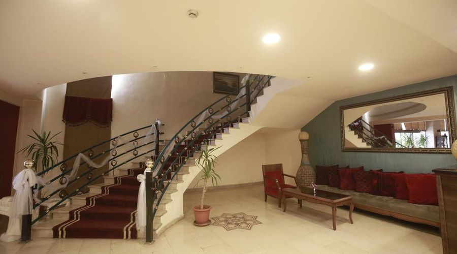 Al Fanar Palace Hotel and Suites-17 of 20 photos