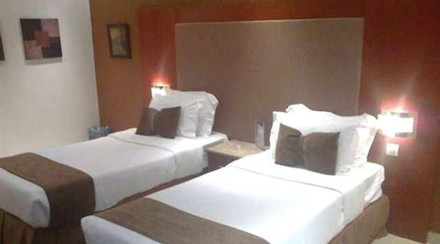 فندق المهيدب فرع التخصصي 1-3 من 14 الصور