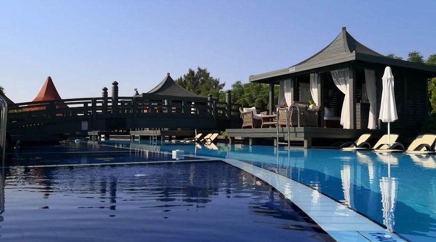 Limak Lara De Luxe Hotel-8 of 20 photos