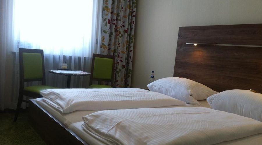 فندق هاوزر أن دير أونيفيرستيت-4 من 20 الصور