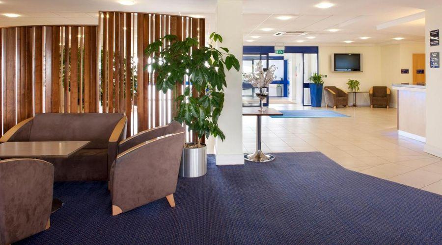 Holiday Inn Express Cardiff Airport, An IHG Hotel-4 of 21 photos