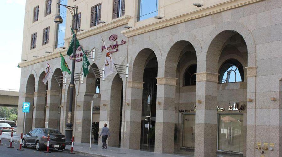 Crowne Plaza Madinah-12 of 42 photos