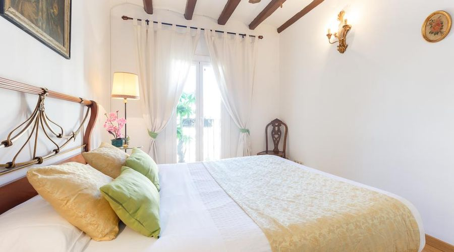 Eixample Comfort Apartment-7 من 30 الصور