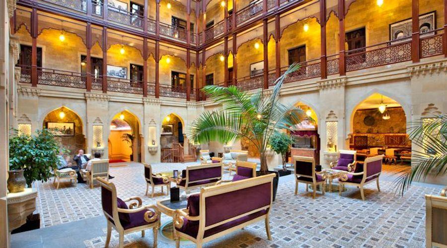 Shah Palace-6 of 30 photos