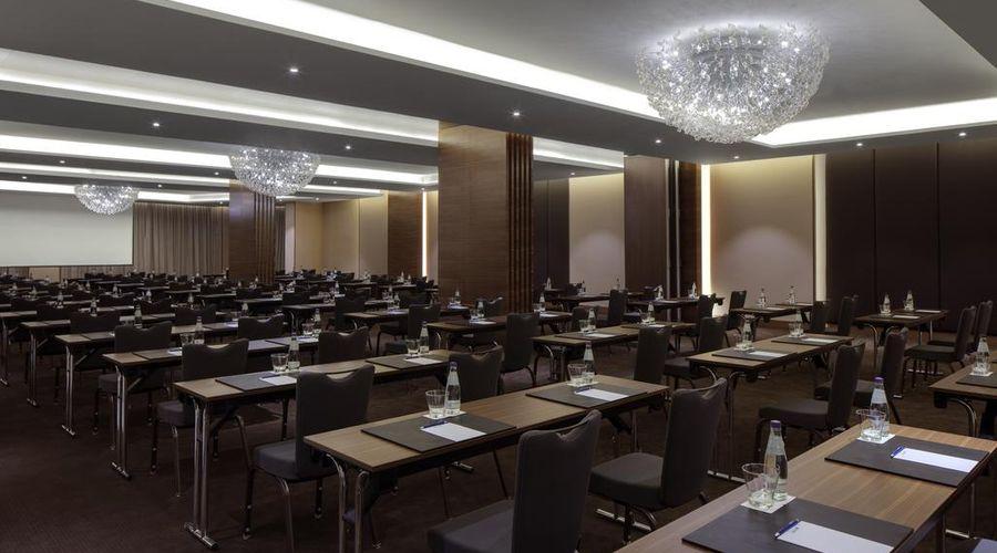Radisson Blu Hotel, Dubai Waterfront-19 of 26 photos