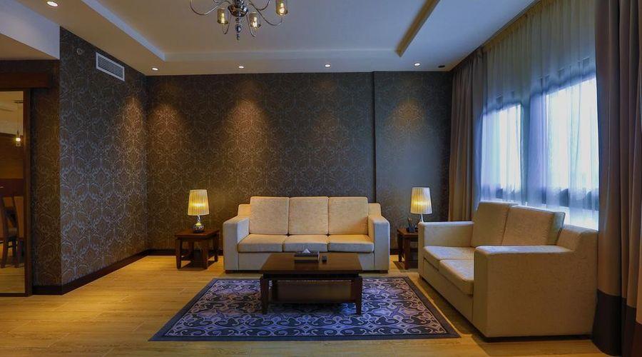 Metropolitan Hotel Dubai -6 of 29 photos