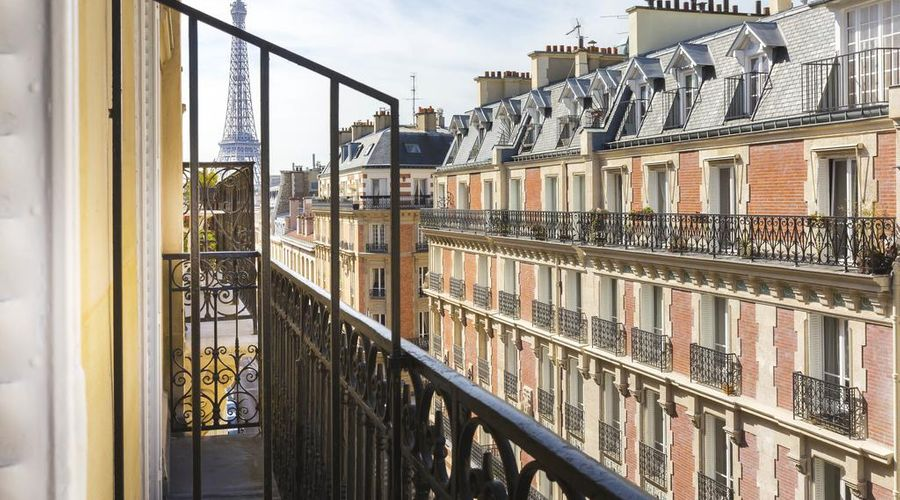 Elysées Union-2 of 20 photos