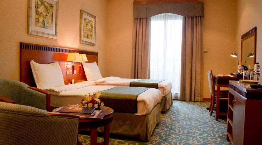 Hotel Golden Tulip Al Barsha Dubai-18 of 25 photos