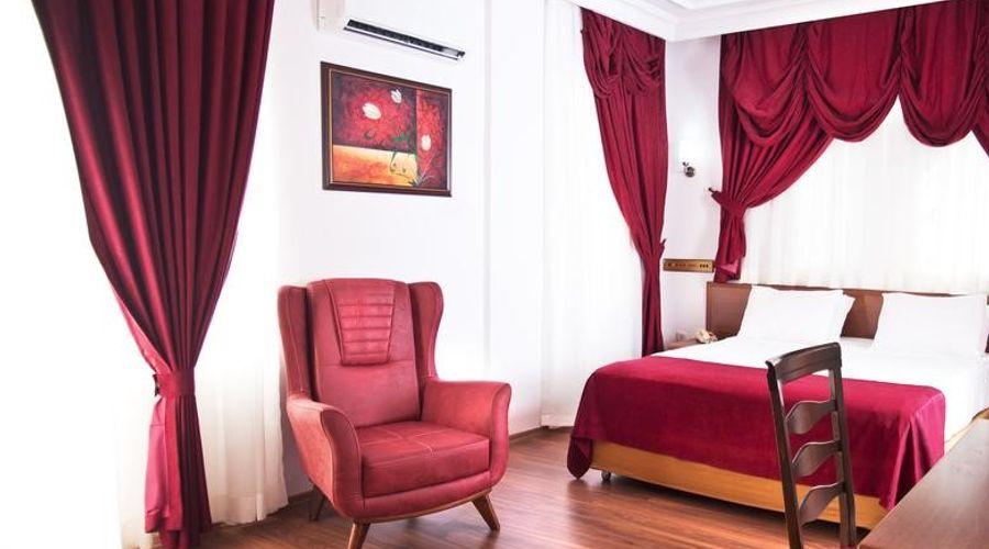 Triana Hotel-12 of 21 photos