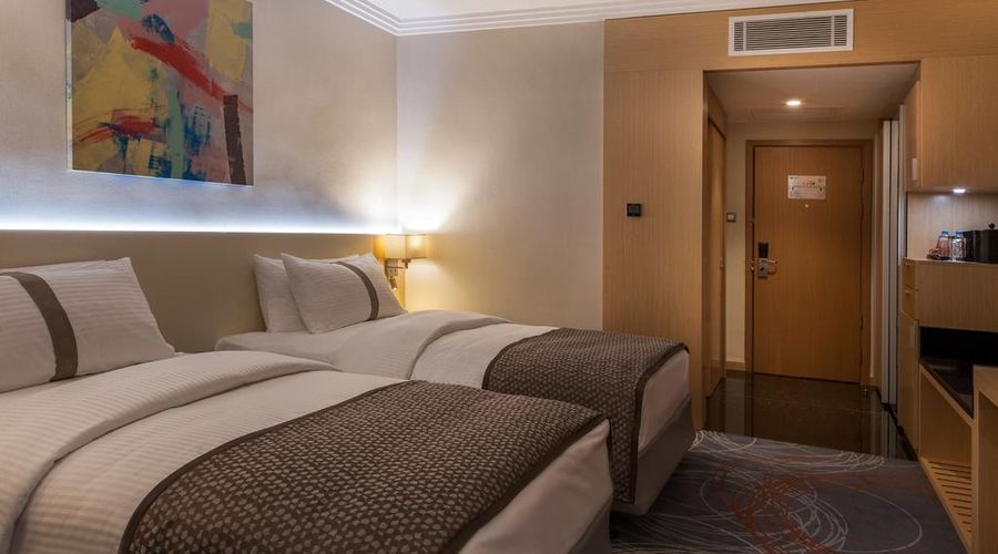 Mövenpick Hotel Amman-1 of 39 photos