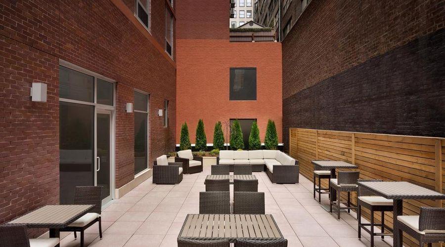 Hilton Garden Inn New York Times Square South-11 of 27 photos
