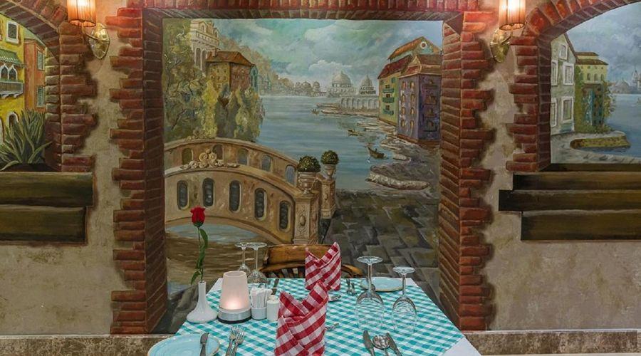 Gravity Hotel & Aqua Park Hurghada-8 من 30 الصور