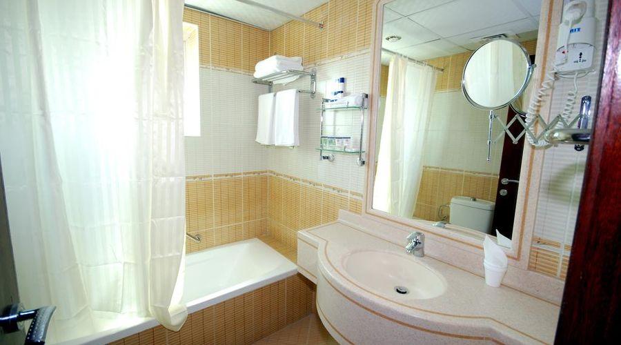 Al Bustan Tower Hotel Suites-5 of 22 photos