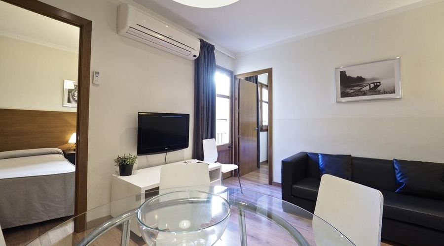 Apartamentos Atica-5 من 20 الصور