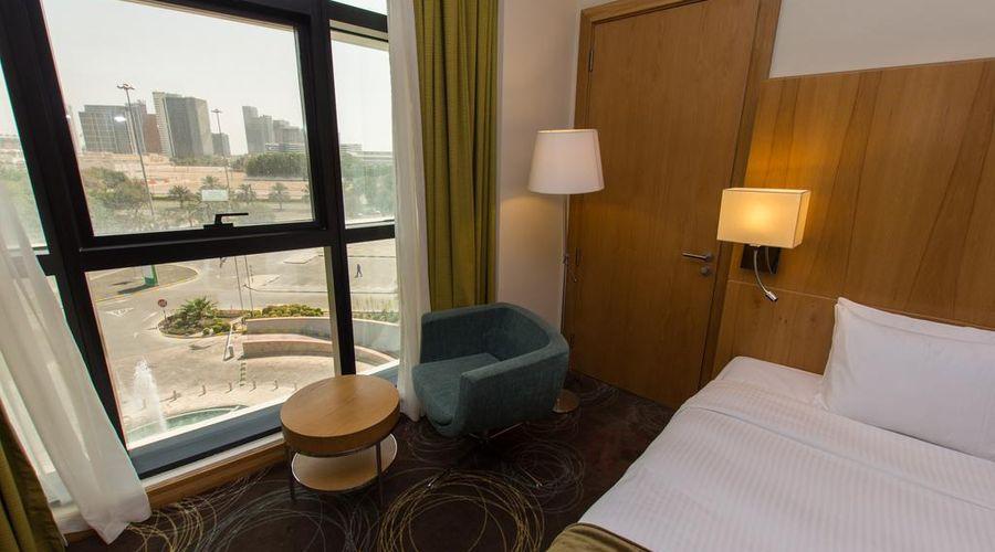 Holiday Inn Abu Dhabi-17 of 32 photos