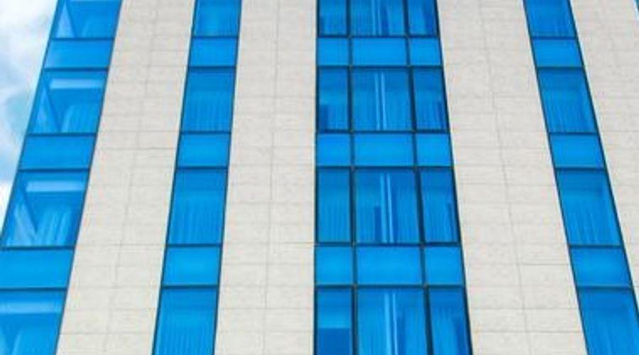 رينيسانس بالاس باكو-1 من 26 الصور