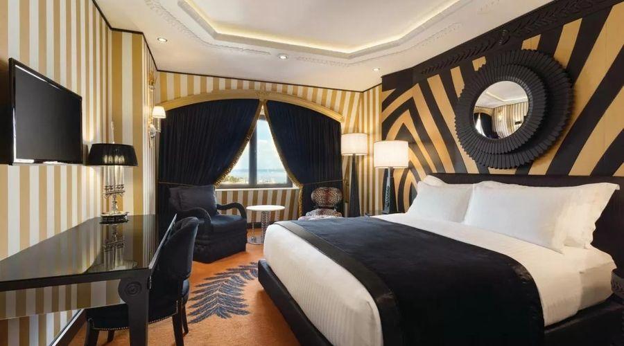 Wyndham Grand Istanbul Kalamış Marina Hotel-7 of 31 photos