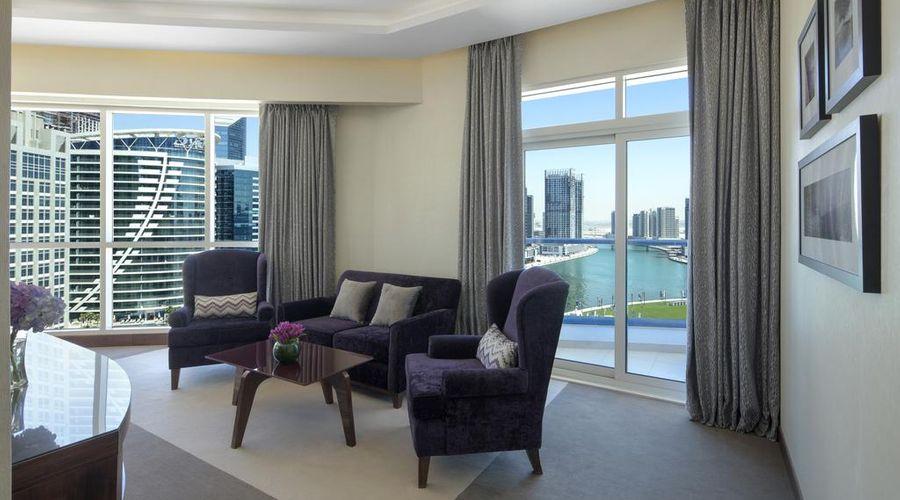 Radisson Blu Hotel, Dubai Waterfront-27 of 35 photos