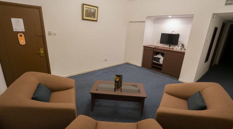 Al Bustan Hotels Flats-20 of 29 photos