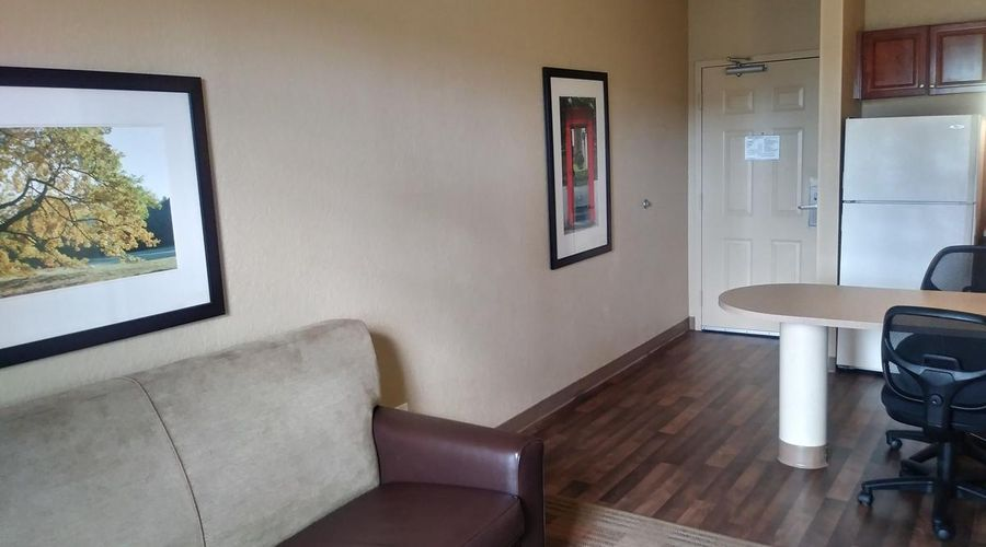 Extended Stay America-Orlando-Southpark-Commodity Circle-21 of 30 photos
