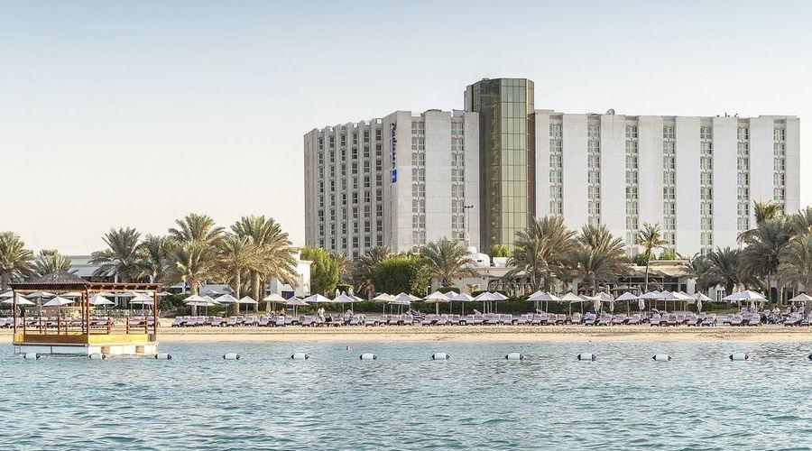 منتجع وفندق راديسون بلو، كورنيش أبو ظبي -1 من 35 الصور
