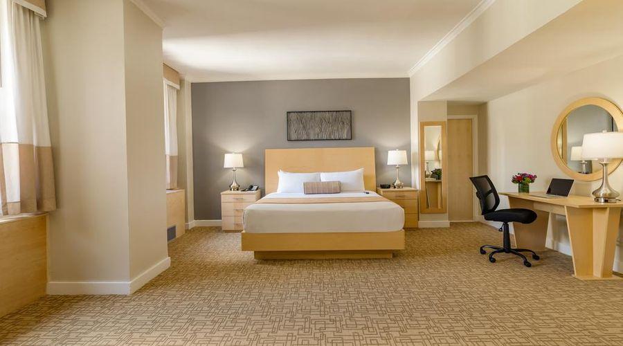 Hotel Pennsylvania-25 of 42 photos