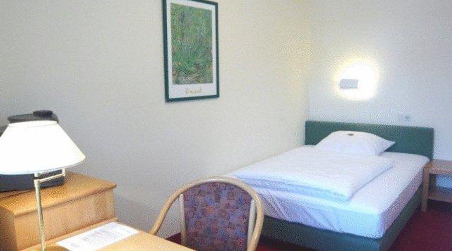 Hotel Biederstein Am Englischen Garten--2 من 20 الصور
