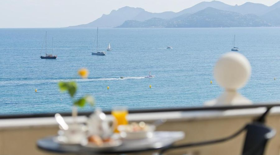 InterContinental Carlton Cannes-15 of 30 photos
