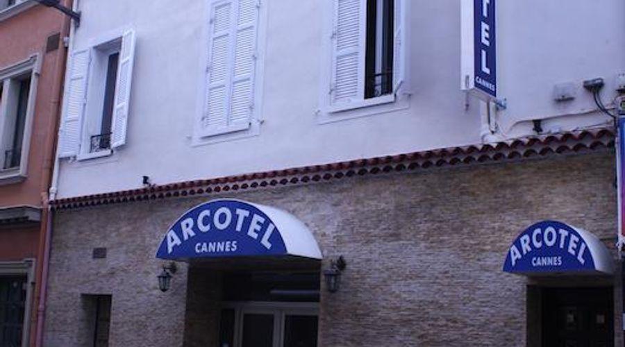 Arcotel-1 of 30 photos