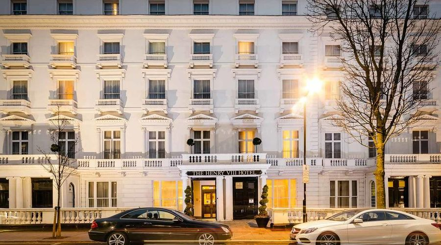 Hotel Henry VIII-0 of 26 photos