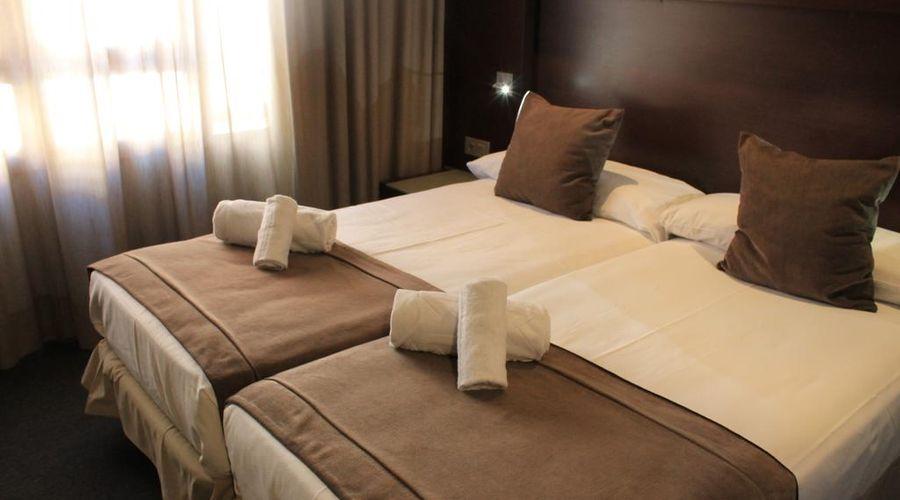 فندق مادانيس ليثيو-3 من 29 الصور