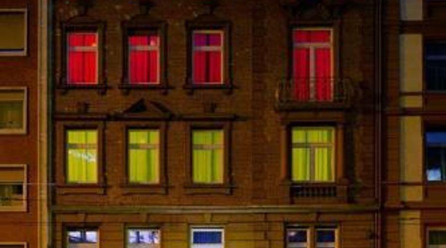 Colour Hotel-1 of 22 photos