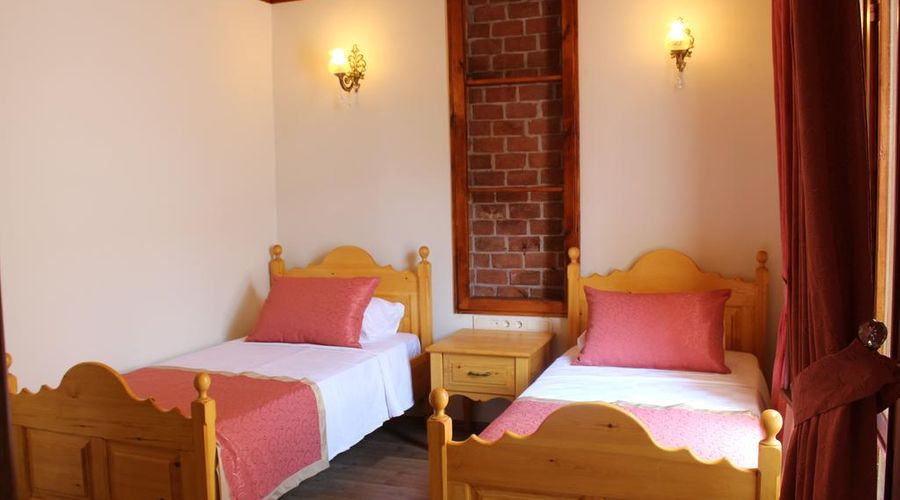 Antalya Inn-2 of 20 photos