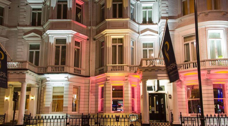 Park International Hotel-3 of 30 photos