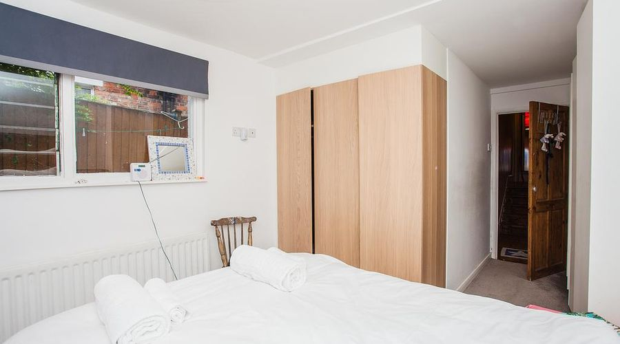 Apartment Near Shepherds Bush-7 of 17 photos