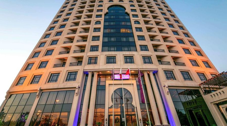 Mercure Grand Hotel Seef / All Suites-19 of 25 photos