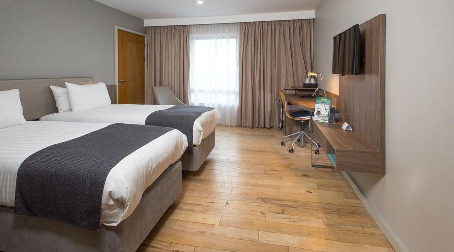 Holiday Inn London - West-3 of 19 photos