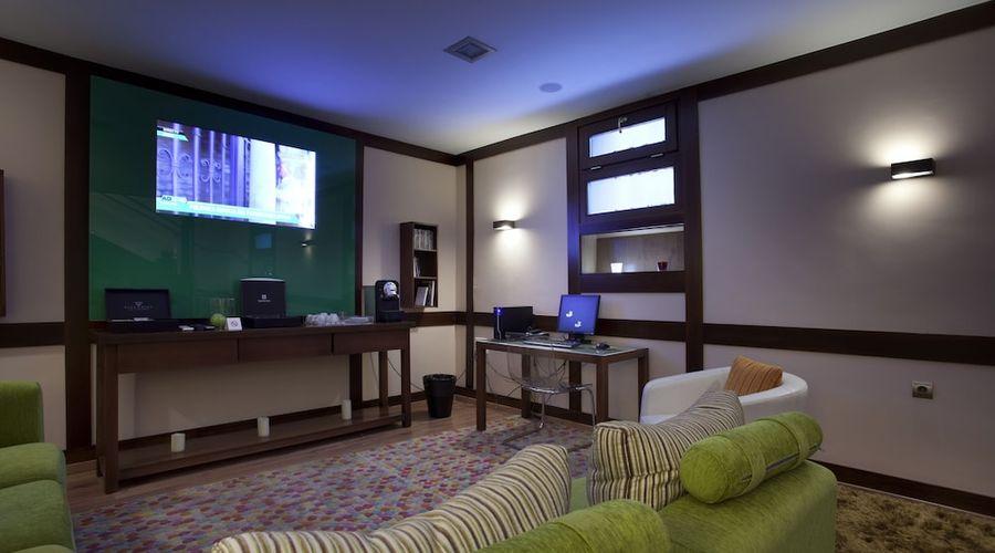 Suites Gran Via 44-37 of 45 photos