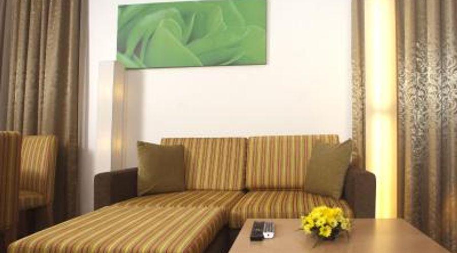 Al Khoory Executive Hotel, Al Wasl-30 of 41 photos