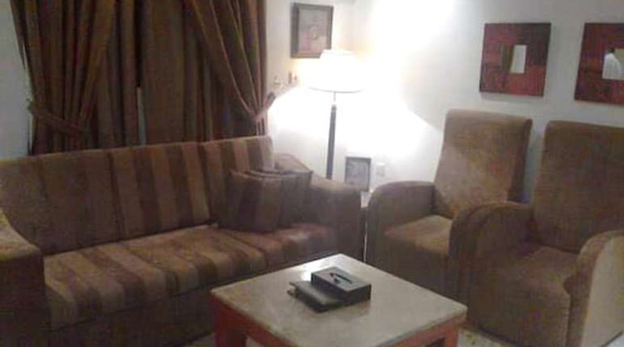 فندق المهيدب فرع التخصصي 1-2 من 14 الصور