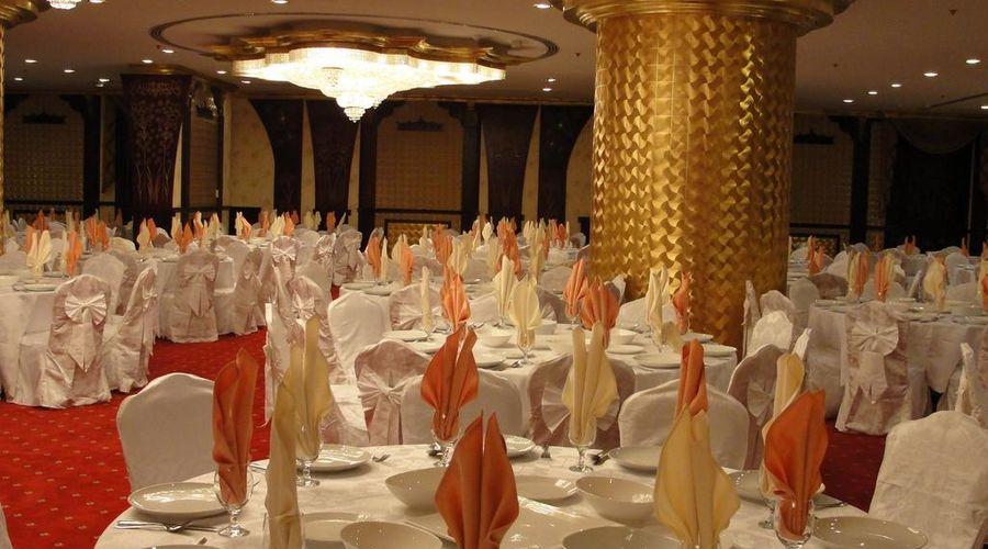Al Bustan Tower Hotel Suites-8 of 22 photos