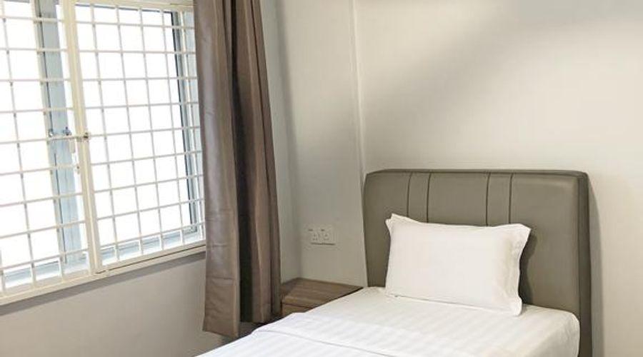 Seaview Apartment-2 of 25 photos