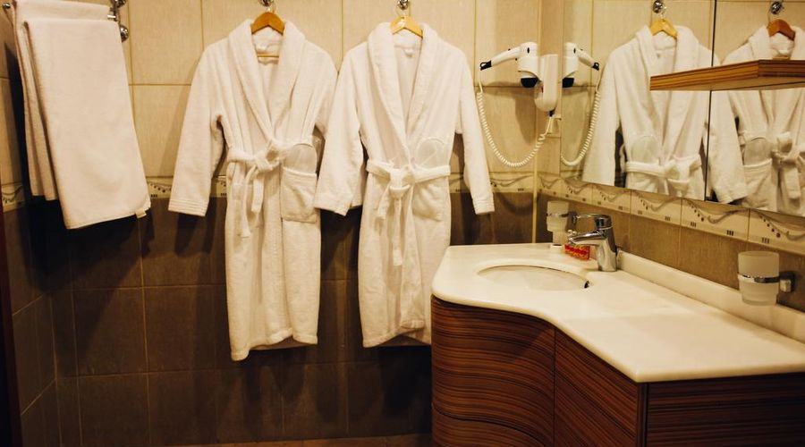 Ganjali Plaza Hotel-2 of 40 photos