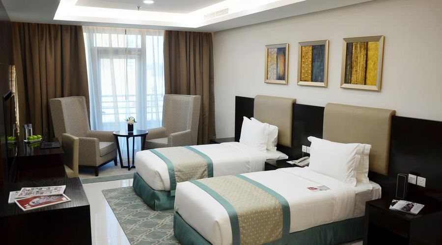 Ramada Hotel and Suites Amwaj Islands-22 of 25 photos