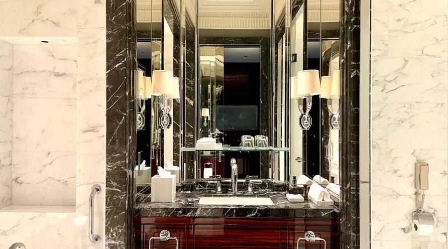 Four Seasons Hotel Bahrain Bay -13 of 30 photos